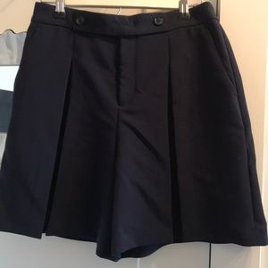 Banana Republic pleated short